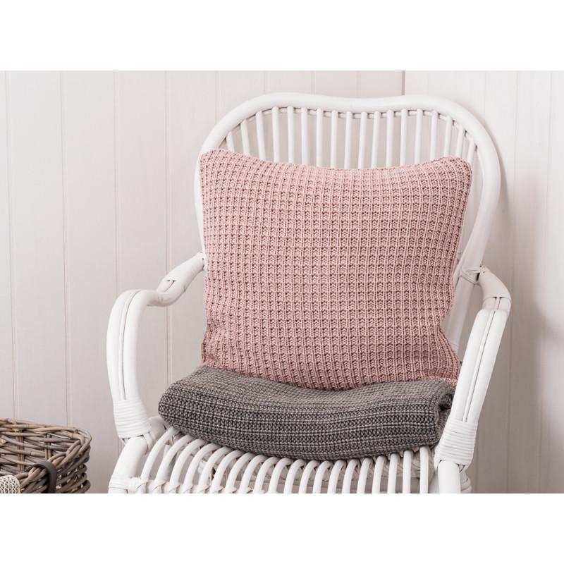 kissenbezug puder gestrickt rosa farbige kissenh lle aus baumwolle von ib laursen. Black Bedroom Furniture Sets. Home Design Ideas