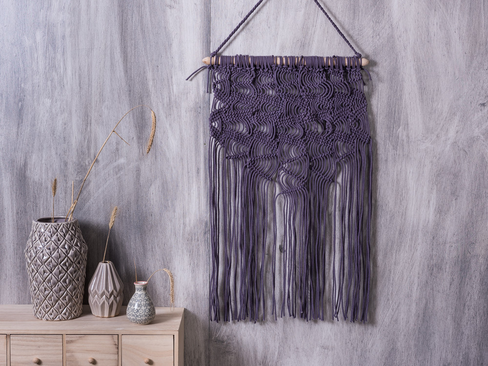 bloomingville wandteppich purple wohnhaus welten. Black Bedroom Furniture Sets. Home Design Ideas