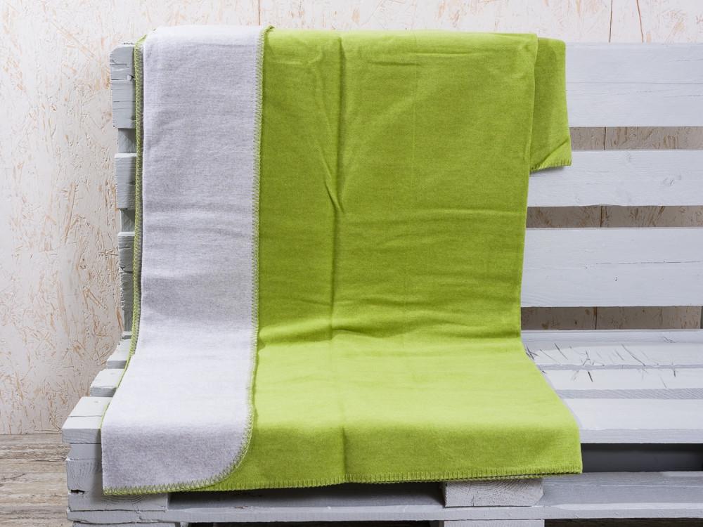 gr ne warme wolldecke g nstig bei wohnhaus welten. Black Bedroom Furniture Sets. Home Design Ideas