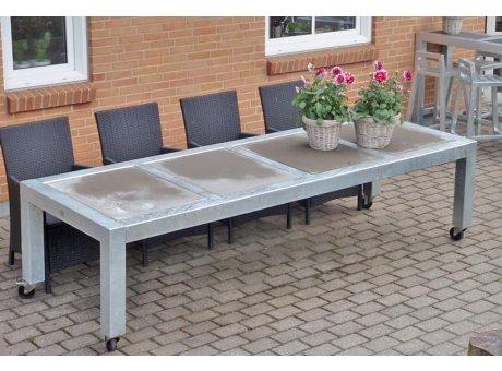 A2 Living Allwetter Gartentisch Typ 8 silber 4er Tisch verzinkt 284 cm rostfreie Gartenmöbel
