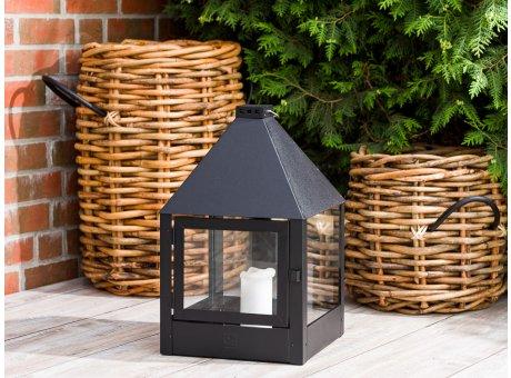 A2 Living Allwetter Laterne Mega Quadro Schwarz wetterfeste Outdoor Laterne verzinkt und pulverbeschichtet rostfrei 52 cm hoch quadratisch skandinavisch schlicht Dekoration
