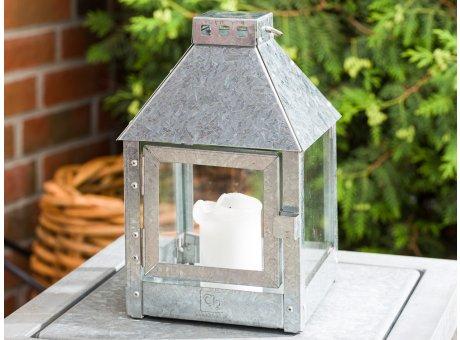 A2 Living Allwetter Laterne Quadro Mini Zink wetterfeste Outdoor Laterne verzinkt rostfrei 27 cm hoch quadratisch skandinavisch schlicht Dekoration