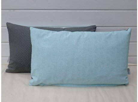 AU Maison Kissen 30x50 mit Füllung Dunkelgrau Punkte türkis grün gemustert aus baumwolle oeko tex standard