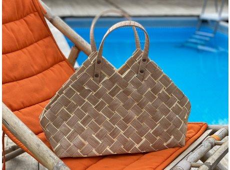 Greengate Korbtasche Klein aus Weide in Beige als Tasche Einkaufskorb oder Aufbewahrungskorb im Flecht Design mit 2 Henkeln