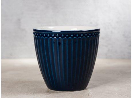 Greengate Latte Cup ALICE Dunkelblau Kaffee Becher Everyday Keramik Geschirr Dark Blue 300 ml Rillenmuster Hygge für jeden Tag