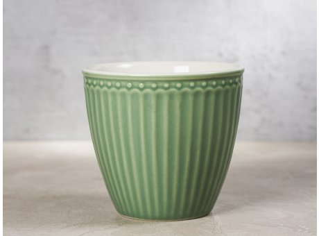 Greengate Latte Cup ALICE Grün Kaffee Becher Everyday Keramik Geschirr Dusty Green 300 ml Rillenmuster Hygge für jeden Tag