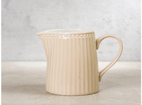 Greengate Milchkännchen ALICE Karamel Beige Everyday Keramik Geschirr Creamy Fudge Creamer Rillenmuster Hygge für jeden Tag