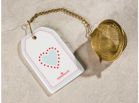 Greengate Tee Ei PENNY Weiss mit Kette und Teesieb aus Metall Gold Anhänger aus Keramik mit Herz Hellblau Rosa