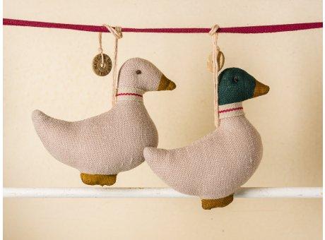 Maileg Tannenbaum Anhänger Enten 2er Set 7 cm hoch aus Baumwolle zum sammeln und verschenken