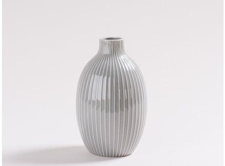 Vase Hilde Grau gestreift Blumenvase aus Keramik 18 cm hoch in Hellgrau für eine Blume modern Deko