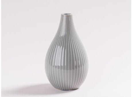 Vase Irma Grau gestreift Blumenvase aus Keramik 18 cm hoch in Hellgrau für eine Blume Dekoration schlicht
