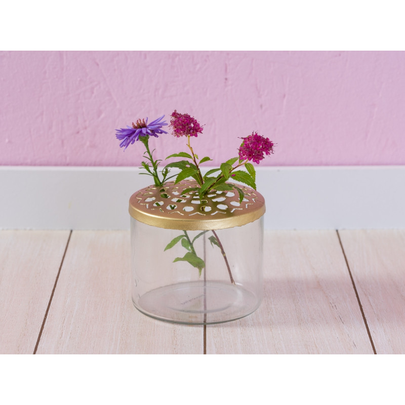 A Simple Mess Vase Kastanje Glas mit gold Deckel aus Metal mit Blumen 10 cm Durchmesser