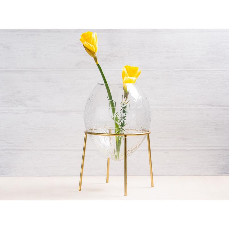 A simple Mess Vase Ronda Glas mit Ständer aus Metall in Gold Blumenvase 21 cm hoch Deko Design mit Blume Narzisse Frühling