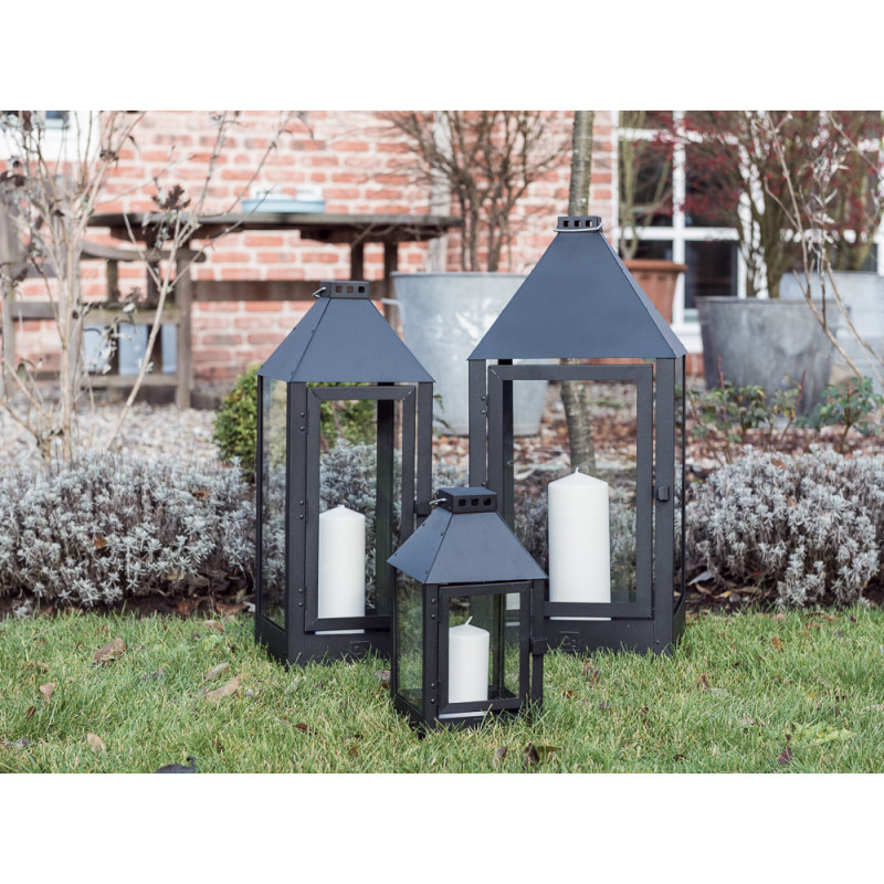 a2 living allwetter laterne midi schwarz pulverbeschichtet wetterfeste outdoor metall laterne. Black Bedroom Furniture Sets. Home Design Ideas
