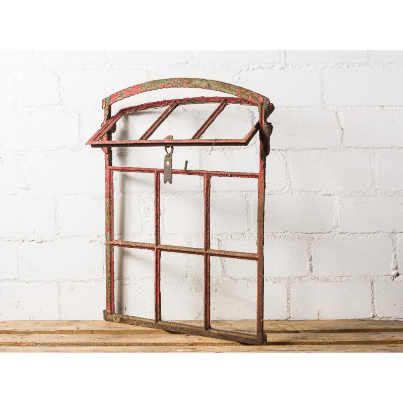 Antikes Stallfenster 3 von 9 Sprossen Kippbar Metall Fenster mit Rundbogen 57x71 cm groß Patina Rot