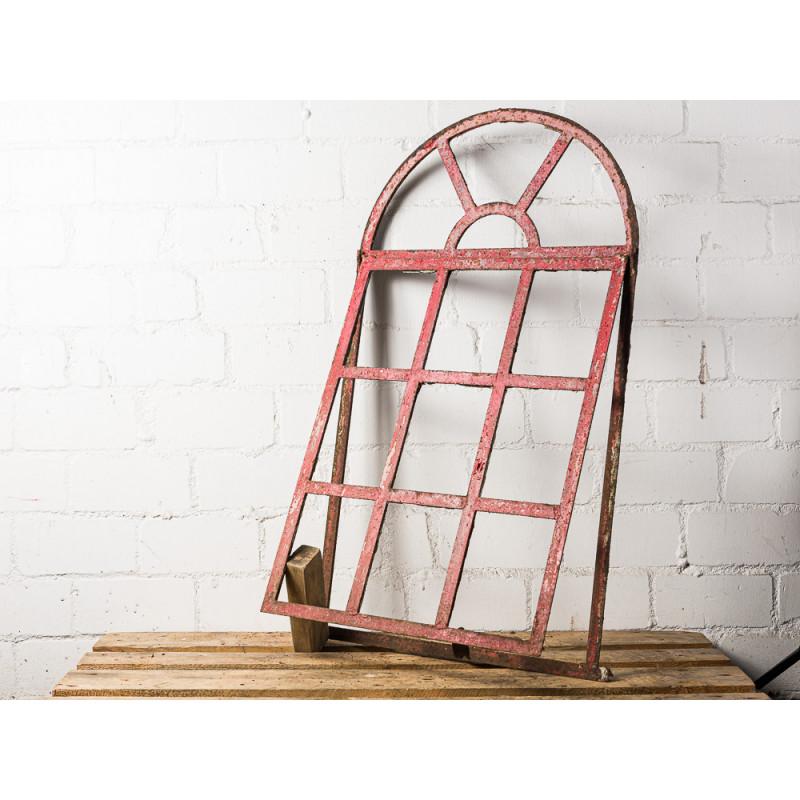 Antikes Stallfenster Kippbar aus Metall mit Rundbogen großer kippbarer Teil zum Öffnen Deko oder Geschenk zur Hochzeit Unikat