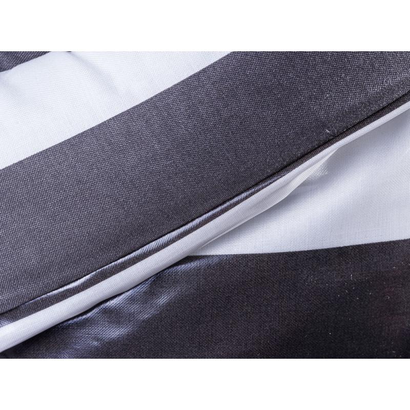 AU Maison Picknickdecke XL Krabbeldecke 140x180 groß Schwarz Weiß Streifen Baumwolle Wachstuch Giant Stripe Almost Black wasserabweisend Detail