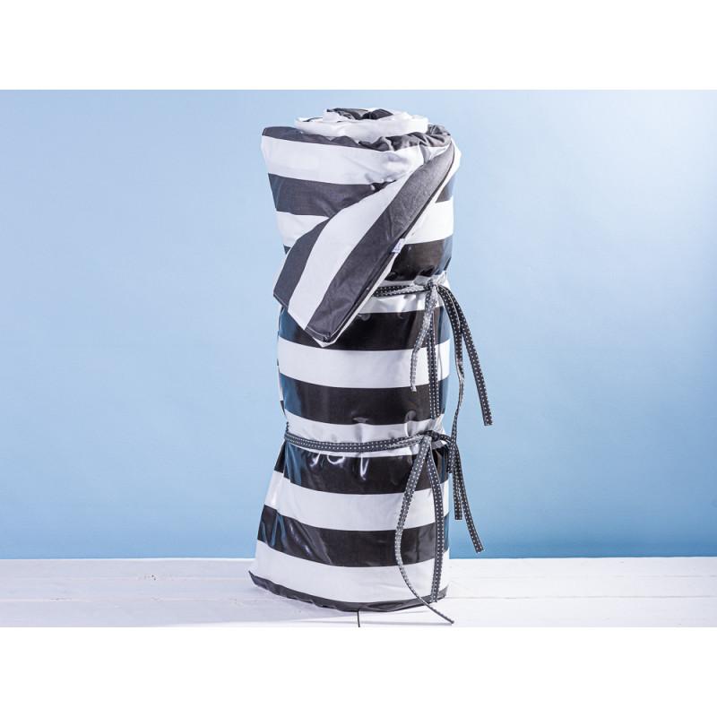 AU Maison Picknickdecke XL Krabbeldecke 140x180 groß Schwarz Weiß Streifen Baumwolle Wachstuch Giant Stripe Almost Black wasserabweisend