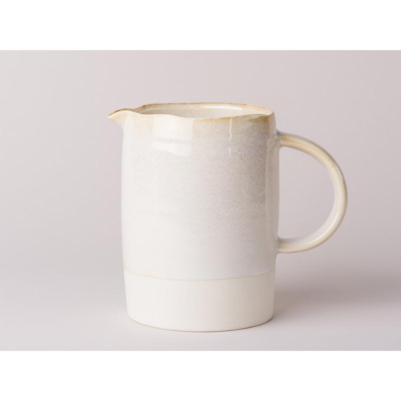 Bloomingville Kanne Carrie groß Geschirr Serie aus Keramik in creme beige Krug für 825 ml