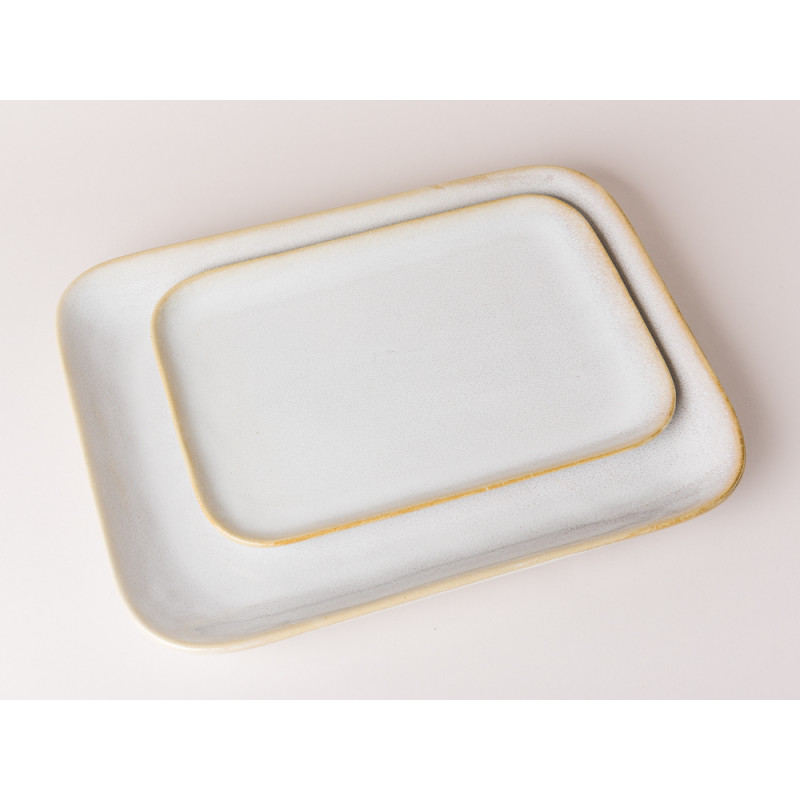 Bloomingville Servierplatte Carrie Geschirr Serie aus Keramik in creme beige großer und kleiner Teller Vergleich