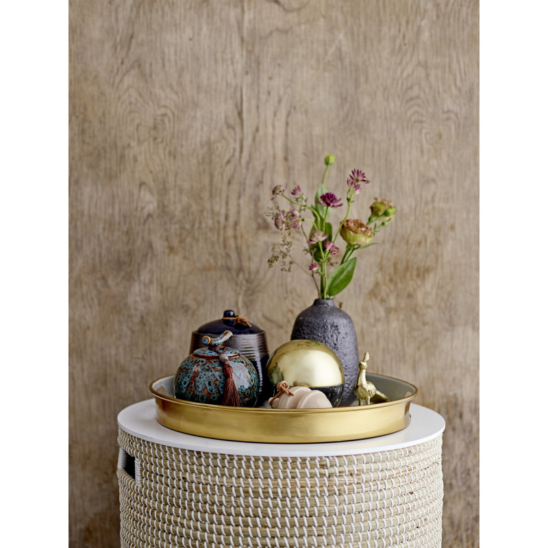 Bloomingville Tisch Seegras Korb mit Deckel in natur weiß Stauchfach Tablett gold grau Keramik Dose und Deko Figur goldener Pfau