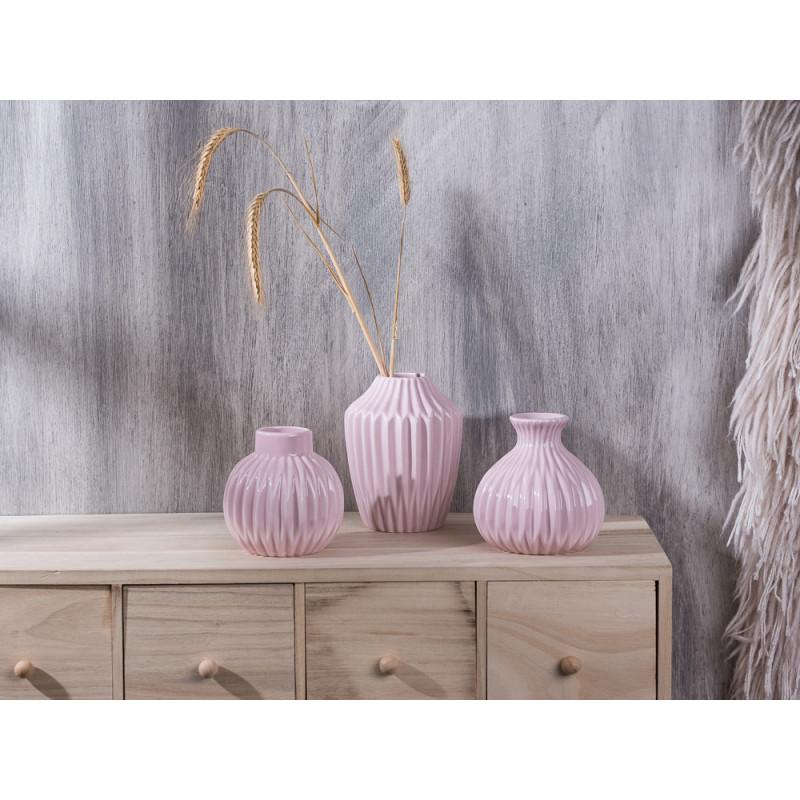 Bloomingville Vase rosa drei Formen mit Rillen auf Apothekerschrank
