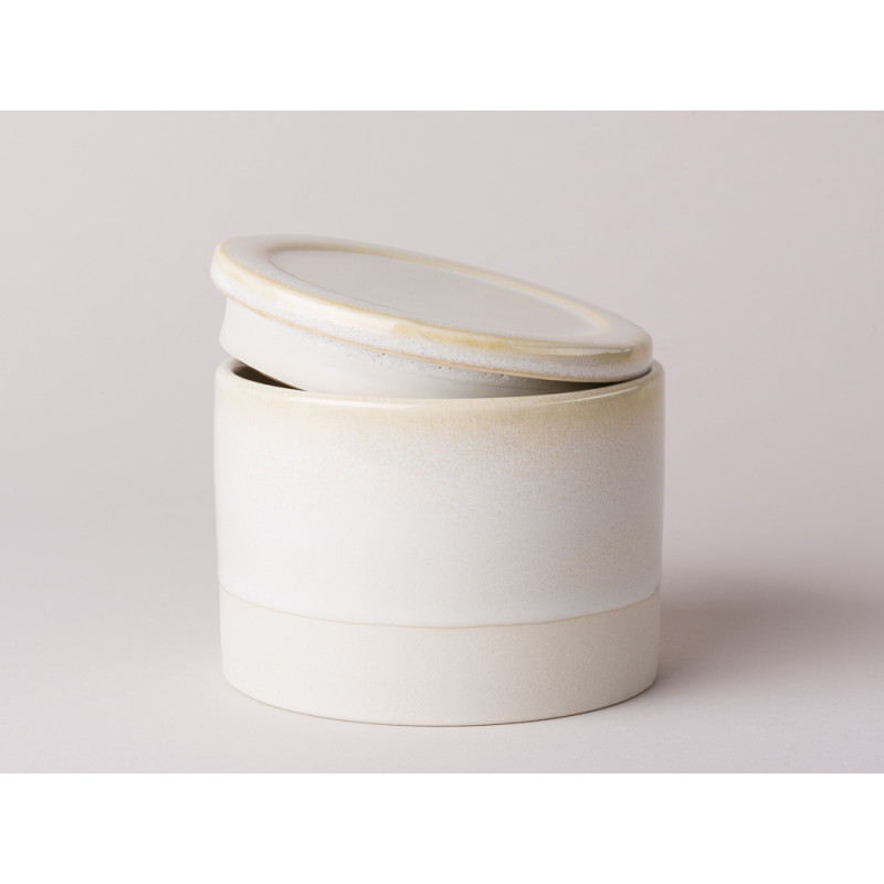 Bloomingville Vorratsdose aus Keramik mit Deckel aus der Blommingville Geschirr Serie Carrie creme beige