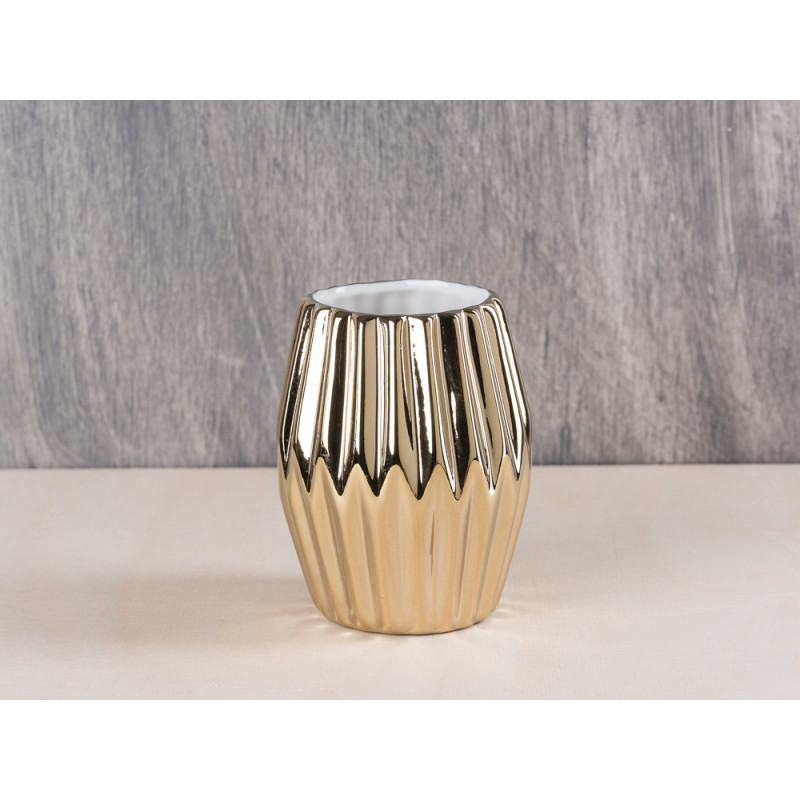 bloomingville votive fluted gold porcelain kerzenglas aus poerzellan in gold passend f r. Black Bedroom Furniture Sets. Home Design Ideas