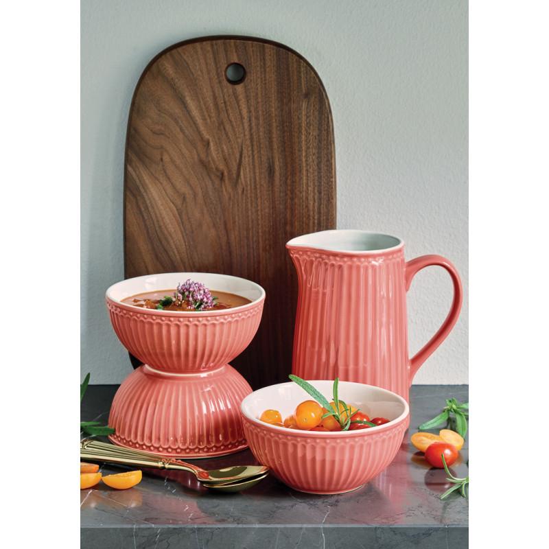 Greengate Alice Coral mit Krug und Schale mit Suppe Keramik Geschirr in Koralle Deko mit Holzbrett und Tomaten