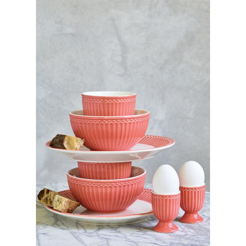 Greengate ALICE Teller Schale Latte Cup Becher und Eierbecher Coral Everyday Geschirr Kollektion Koralle Deko als Stapel für 2 Personen