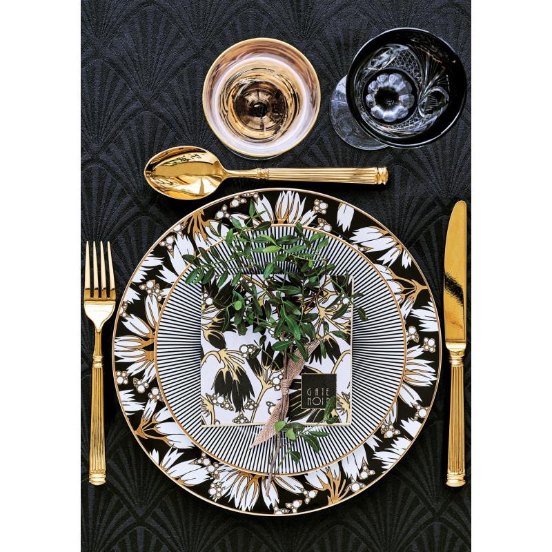 GreenGate Essteller Florette schwarz weiß Blumen aus Porzellan Teller Corine und Besteck Gate Noir gold auf Tischdecke schwarz