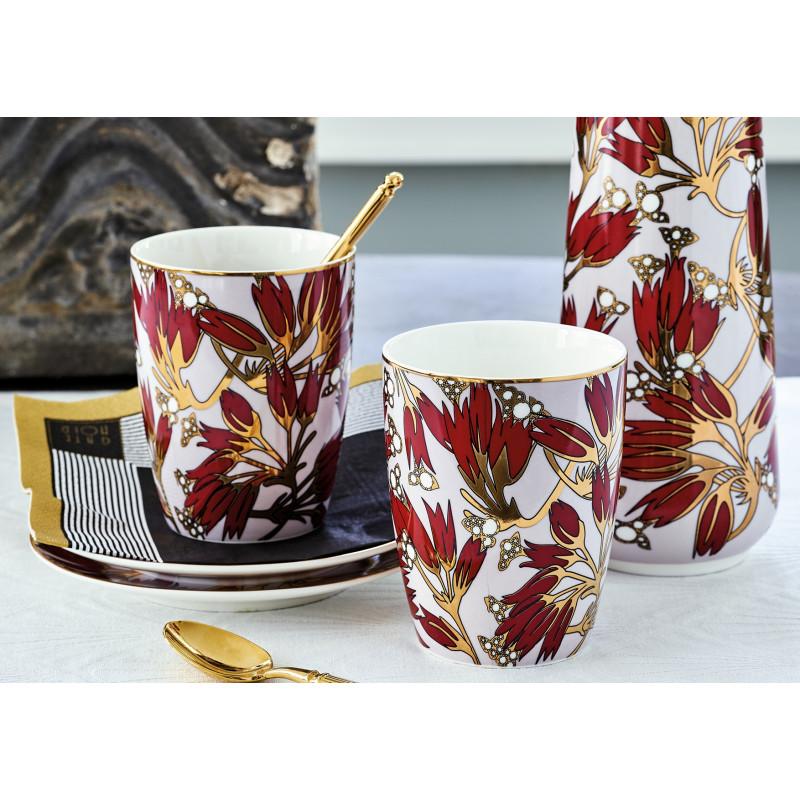 Greengate Geschirr Florette bordeaux rot Latte Becher und Kanne aus Porzellan Besteck gold Serviette Corine