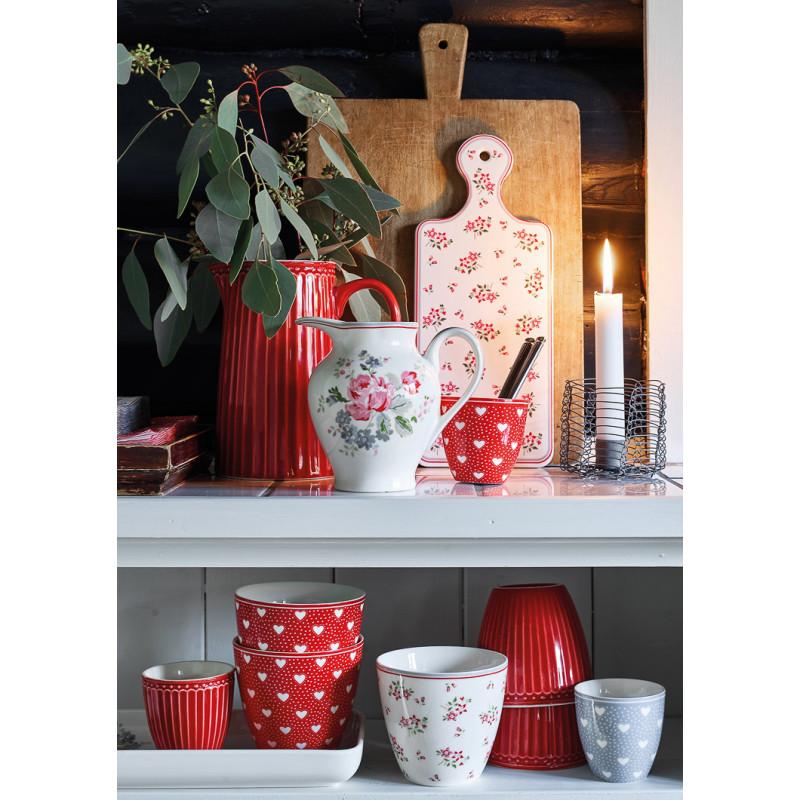 Greengate PENNY AVERY ELOUISE Milchkaennchen und Latte Cup Becher Weiss Rot Grau Blumen und Herzen Design Geschirr aus Porzellan kombiniert mit Alice Rot florales Hygge