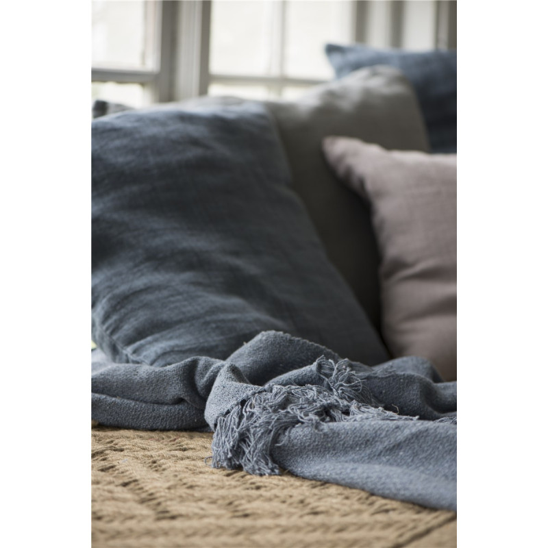 blaue wolldecke von ib laursen. Black Bedroom Furniture Sets. Home Design Ideas