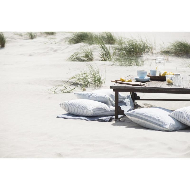 IB Laursen Geschirr gedeckter Tisch mit Mynte Stillwater