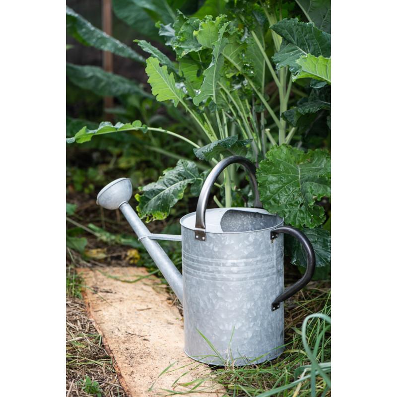 IB Laursen Gießkanne aus Zink Grau 11 Liter mit 2 Griffen Schwarz 44 cm hoch Kanne für den Gemüsegarten