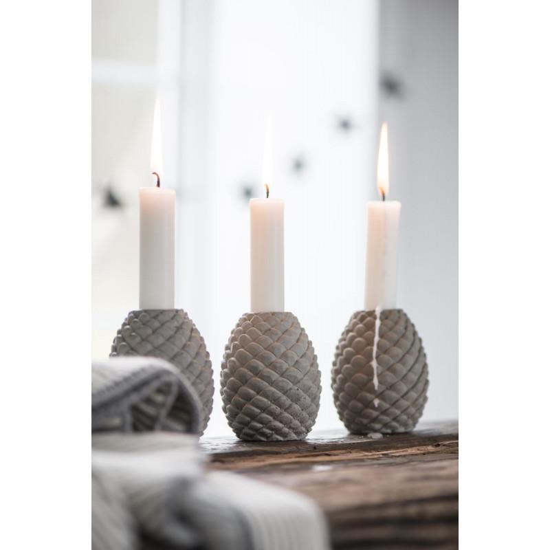 IB Laursen Kerzenhalter Tannenzapfen aus Beton grau Kerzenständer mit Kerze Advent Dekoration