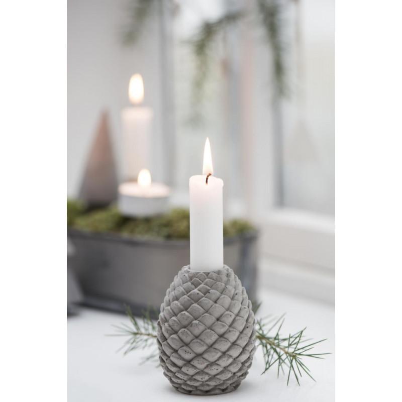 IB Laursen Kerzenhalter Zapfen grau Kerzenständer Tannenzapfen mit Kerze und Weihnachtsdeko