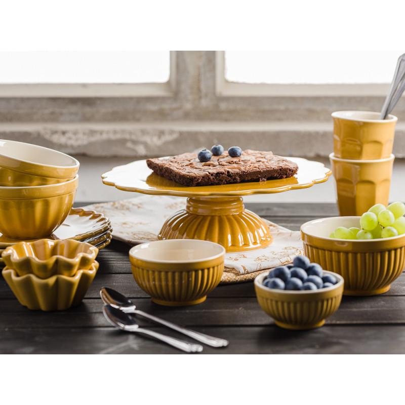 B Laursen Mynte Shop Geschirr Kaffeetafel Gelb Senfgelb Mustard Tortenplatte mit Brownies Schalensatz Müslischalen Teller und Becher