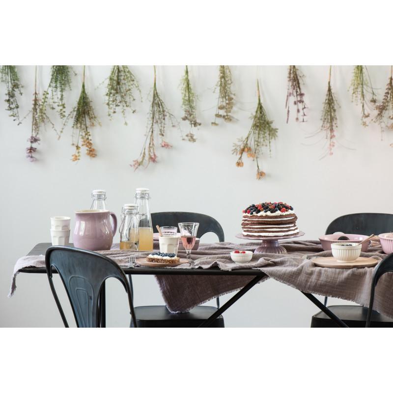 IB Laursen Mynte Tortenplatte Lavender Lila Geschirr gedeckter Tisch mit Krug Becher und Schalen
