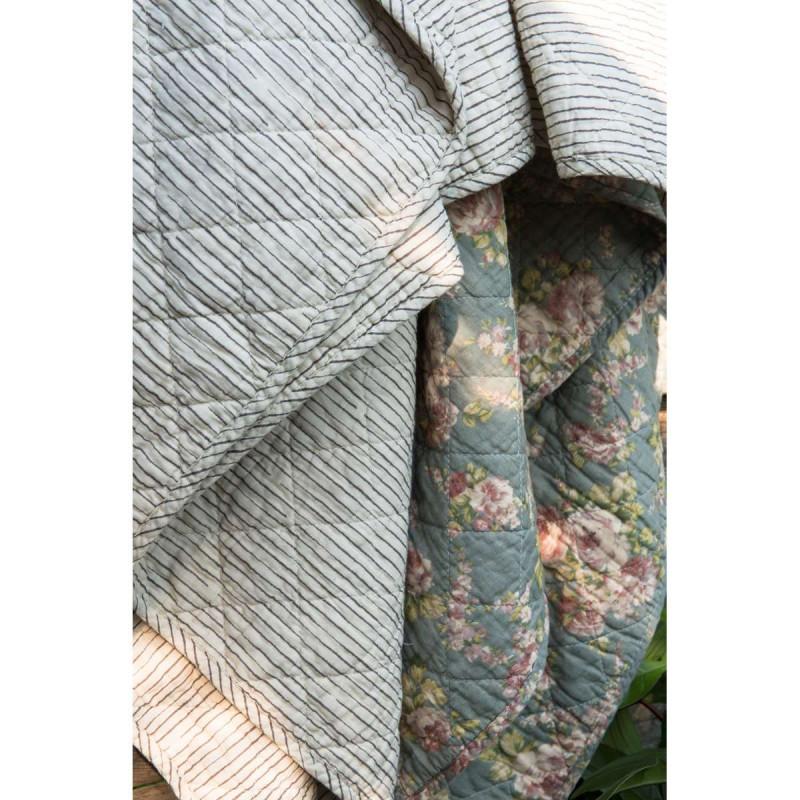IB Laursen Quilt sand beige gestreift und mit Rosen Plaid grün Tagesdecke mit Blumen