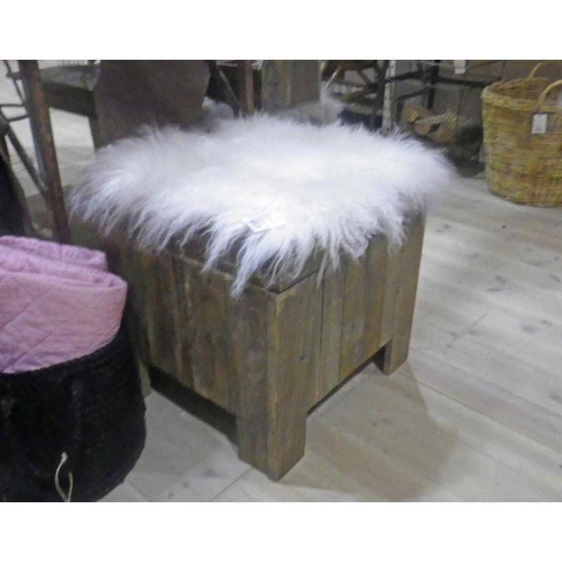 IB Laursen Sitzfell weiß aus tibetischem Lammfell