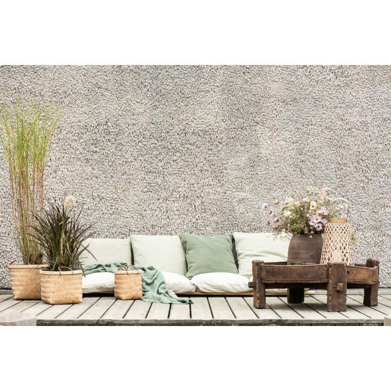 IB Laursen Sitzkissen Bezug staubig Grün aus Baumwolle Boxkissenbezug auf Terrasse mit Pflanzen Decken und Unika Holztisch