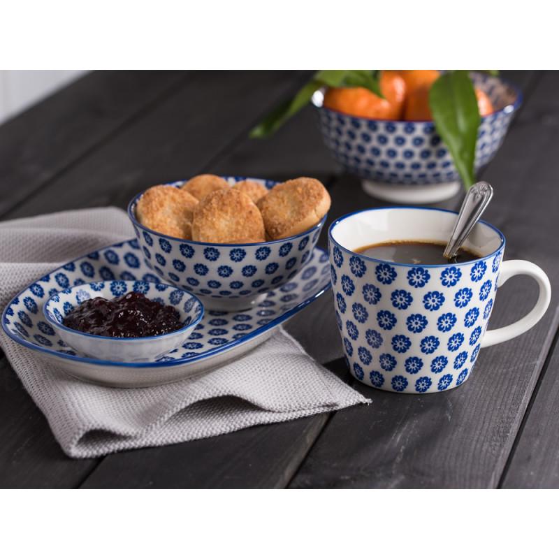 IB Laursen Teller Schale Becher blau weiß Blumen aus der Geschirr Serie Liva