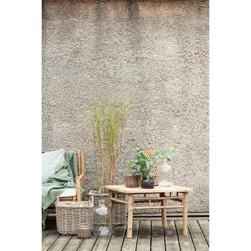 IB Laursen Tisch Bambus als Beistelltisch neben Gartenbank Deko asiatisch mit Pflanzen Laternen