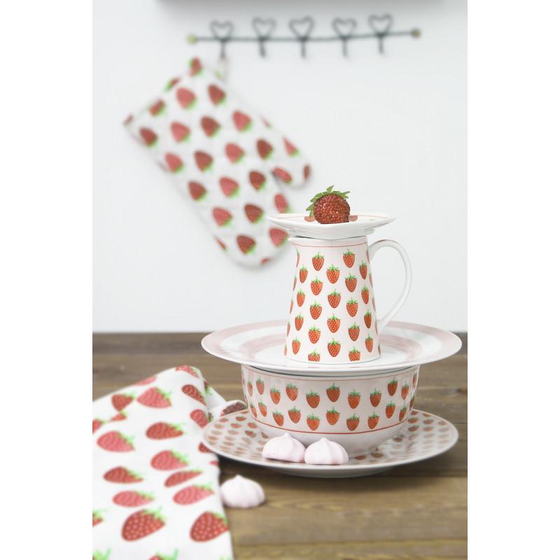 Krasilnikoff Milchkännchen Schale Schüssel Teller und Geschirrtuch mit Erdbeeren Ofenhandschuh Stapel