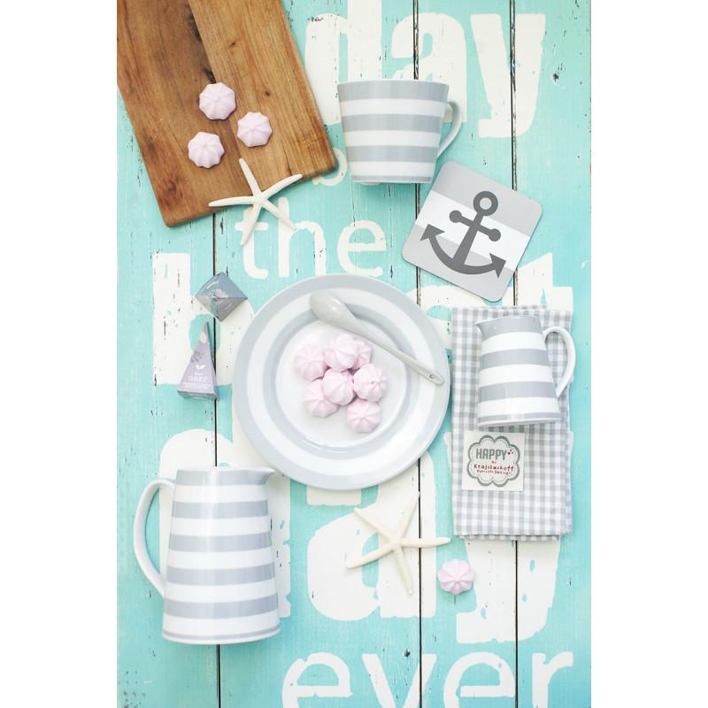 Krasilnikoff Teller Kanne Milchkännchen und Becher grau Streifen mit rosa Baiser