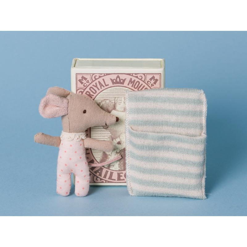 Maileg Baby Maus Sleepy/Wakey Mädchen in Box rosa gepunktet hellblau blau gestreift