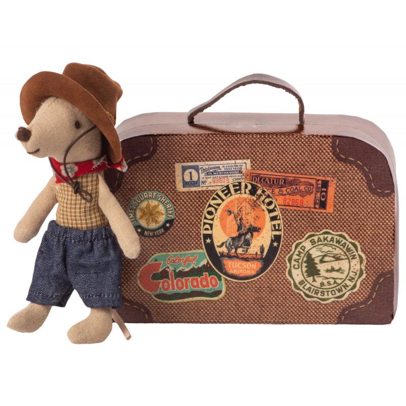 Maileg Cowboy mit Hut Little Brother Maus 8 cm groß Mouse im Koffer mit bunten Souvenir Stickern