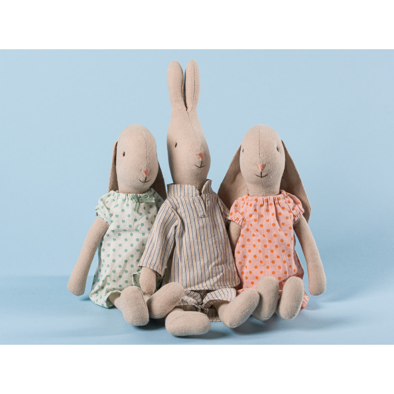 Maileg Hase und Hasenmädchen im Nachthemd und Pyjama Schlafanzug 28 cm groß Size 2